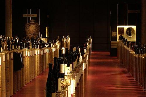 Weinwelt -Bild von der Original-Ausstellung im Haus der Geschichte